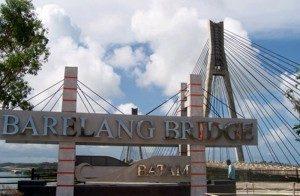 Selamat-Datang-di-Jembatan-Barelang-300x196